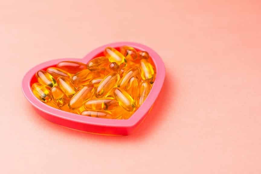 תוספי תזונה ללב בתוך מסגרת קטנה